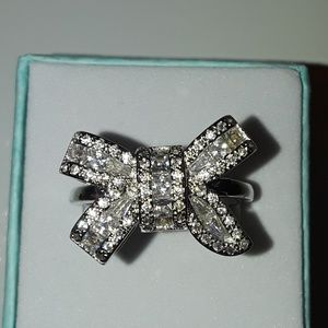 Sterling silver bow tie ring size 9 brand new